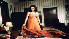 Hera Pheri (1976) Part III Popular Indian leading man Amitabh Bachchan stars in HERA PHERI, a campy Bollywood musical melodrama about faded friendships and family secrets.  Stars: Saira Banu, Vinod Khanna, Amitabh Bachchan   http://www.imdb.com/title/tt0073104/