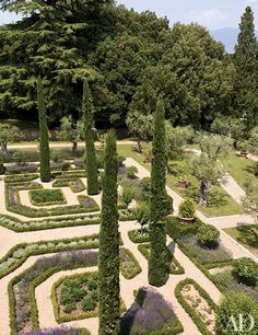 For Sting and Trudie Styler, landscape designer Arabella Lennox-Boyd planted a heavenly garden near Florence, Italy
