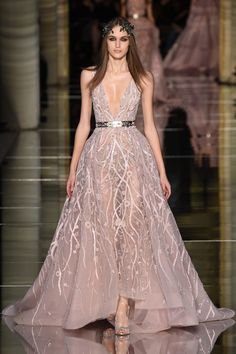 Runway #style review: Zuhair Murad's cage dress