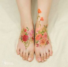 Korean Tattoo Artist Creates Flower Tattoos That Look Like Watercolor Paintings On Your Skin