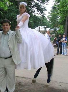 http://www.hongkiat.com/blog/100-funny-photos-taken-at-unusual-angle-humor/  When the Angle Isn't Exactly Right