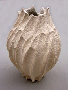 Elizabeth Shriver: Small Coral Pod Vase, 2011,... • Ceramics Now - Contemporary ceramics magazine