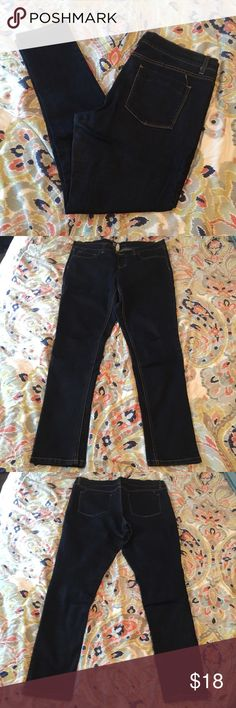 Dark Wash Jegging Dark wash jegging from Target. Only worn a few times. Still plenty of life left :) Mossimo Supply Co Jeans Skinny