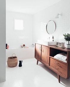 Retrouvez notre interview et notre salle de bain sur le blog de @urbanoutfitterseu  #uohome