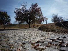The 2015 UCI Road Cycling World Championships will be contested on the historic cobbled streets and punchy hills of Richmond, the state capital of Virginia, in the United States of America.