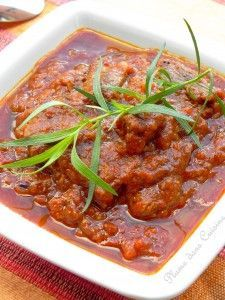 Boeuf épicé indien Indian Food Recipes, Asian Recipes, Ethnic Recipes, Mauritian Food, Main Meals, Soul Food, Street Food, Hot Dog, Food Styling