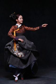 Sohee Song in han-bok