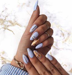Over 20 elegant nail art designs for real ladies - Nageldesign & Nailart - Makeup Hair And Nails, My Nails, Nails Yellow, Baby Blue Nails, Blue Gold Nails, Elegant Nail Art, Gold Nail Art, Gold Art, Gel Nagel Design