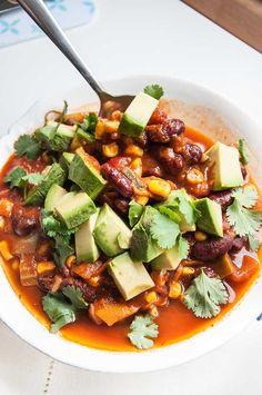 Easy Vegan Chili Recipe - Vegan Family Recipes