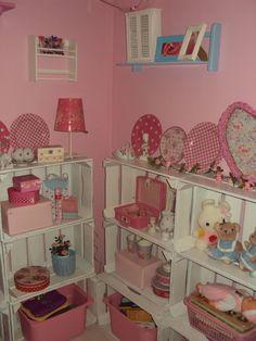 Pallet / fruitkistjes idee Vanity, Fruit, Mirror, Diy, Inspiration, Furniture, Home Decor, Dressing Tables, Biblical Inspiration