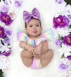 Image may contain: 1 person - baby photography Cute Babies Photography, Newborn Baby Photography, Cute Baby Girl, Baby Girl Newborn, Baby Girl Pictures, Funny Baby Pictures, Foto Baby, Cute Baby Clothes, Baby Girl Fashion