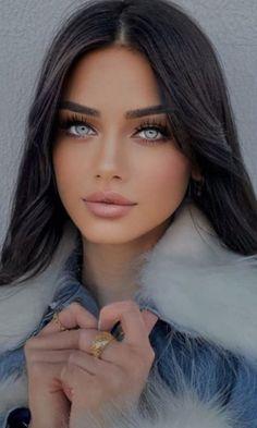 Most Beautiful Eyes, Gorgeous Eyes, Pretty Eyes, Gorgeous Women, Brunette Beauty, Brunette Girl, Beautiful Blonde Girl, Model Face, Super Long Hair