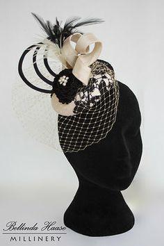 Marrón Plumas para el cabello de sombrero Fascinator Boda del Reino Unido Diamante Craft De Plumas x12