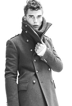 If I lived in a place that had seasons, I would wear amazing Pea coats (or just coats in general) like this one.