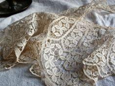 Brussels bobbin lace from BrocanteArt https://www.etsy.com/uk/shop/BrocanteArt