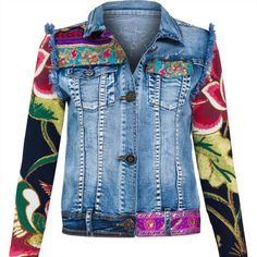 A great inspiration for refashioning a denim jacket. Fashion Mode, Denim Fashion, Floral Jeans, Floral Jacket, Mode Jeans, Denim Ideas, Painted Clothes, Embellished Jeans, Refashioned Clothes