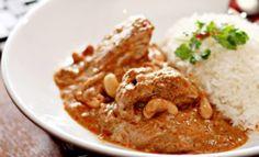 Curry de poulet aux cacahuètes
