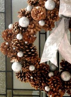 65 Simply Magical Diy Pinecones Crafts that Will Beautify Your Ideas Of Diy Pinecone Wreath Holiday Wreaths, Holiday Crafts, Holiday Fun, Holiday Decor, Frame Wreath, Diy Wreath, Ornament Wreath, Noel Christmas, All Things Christmas