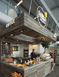 Edhv was involved to come up with a new and improved interior and branding concept for the renewed Eindhoven Airport hospitality by belvedair. Bakery Cafe, Cafe Bar, Cafe Restaurant, Cafe Shop, Modern Restaurant, Café Bistro, Decoration Restaurant, Pub Decor, Cafe Counter