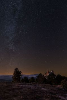 Milky way at Cachtice castle - Milky way at Bathory castle at last New Moon in year 2016 Year 2016, Medieval Castle, New Moon, National Geographic Photos, Your Shot, Milky Way, Amazing Photography, Northern Lights, My Photos