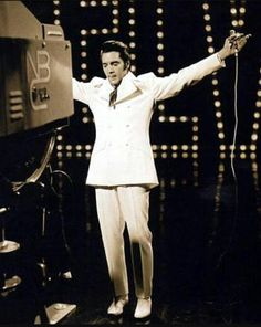1968 Elvis closing the NBC TV Special 'If I Can Dream'