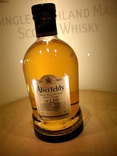 Aberfeldy 12 Year Old Single Malt Scotch Whisky - my favorite. Whiskey Girl, Cigars And Whiskey, Scotch Whiskey, Bourbon Whiskey, Booze Drink, Alcoholic Drinks, Beverages, Cocktails, Rum