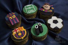 Cupcakes de Barcelona F.C. Cubierta y decoraciones en fondant.