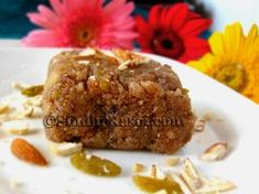 MaJoon mithai, a Sindhi Mithai made from Poppy seeds, dry fruits and khoya or mawa. Winter Desserts, Sweet Desserts, Sweet Recipes, Snack Recipes, Cooking Recipes, Healthy Desserts, Khoya Recipe, Indian Dessert Recipes, Kitchens