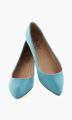 Defined the Scenes Flat in Turquoise ♡ Would be cute with skinnies and flares