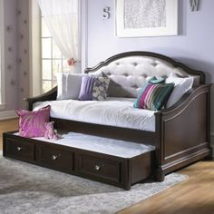 Girls Glam Daybed - Dark Cherry - School, band practice, sports, friends - glamour girls have busy lives, so she'll love coming home to the Girls Glam Daybed - Dark...