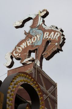 Million Dollar Cowboy Bar neon sign - Jackson, WY Old Neon Signs, Vintage Neon Signs, Old Signs, Cowboys Bar, Cowboys And Indians, Real Cowboys, Roadside Attractions, Cowboy And Cowgirl, Street Signs