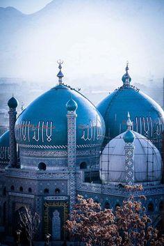 Blue mosque- Mazar-i-Sharif, Afghanistan.