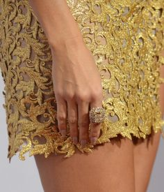Heidi Klum at the AMAs -- Manicure by Tom Bachik for Cloutier Remix