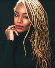 Embracing the Culture of Locs & Textured Hair : Photo