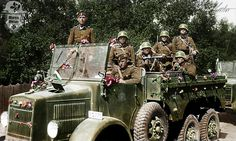 Hungarian soldiers in a Rába Botond truck Military Photos, Military History, Luftwaffe, Eastern Front Ww2, Germany Ww2, Man Of War, German Uniforms, Ww2 Photos, Army Vehicles