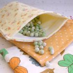 Loads of links to tutorials for making re-useable lunch bags and wraps.
