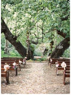 Wedding Trend: Antique Benches