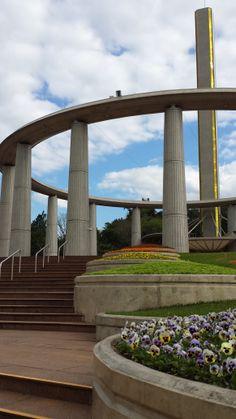 Templo - Escadaria Arco-Iris