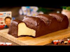 Tort Kinder uriaș-savurați un deliciu de casă natural,fără conservanți și aditivi chimici| SavurosTV - YouTube Sweet Cakes, Pudding, Cheesecake, Cookies, Desserts, Recipes, Food, Youtube, Cake Recipes