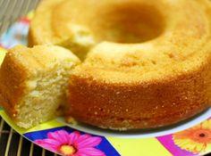 Receita de Bolo de laranja (vegan) - bolo-de-laranja.html ... 3 xícaras de farinha de trigo, 1 1/2 de açúcar (branco ou demerara), 2 xícaras de suco de laranja (natural), 1 colher (sopa) de fermento, 1/2 xícara de óleo