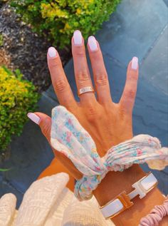 Cute Jewelry, Jewelry Accessories, Stylish Jewelry, Fashion Jewelry, Cartier Love Ring, Nail Ring, Nail Inspo, Luxury Jewelry, How To Do Nails