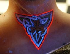 10 Black Light Tattoos You'll NEVER FORGET #t4aw #blog #blacklight #tattoos #tattoo #idea