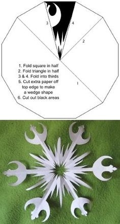 I have see a ton of these geeky snowflake models, but FINALLY I found one to show how to fold them! Star Wars Crafts, Geek Crafts, Fun Crafts, Crafts For Kids, Paper Crafts, Star Wars Christmas, Christmas Crafts, Christmas Decorations, Xmas