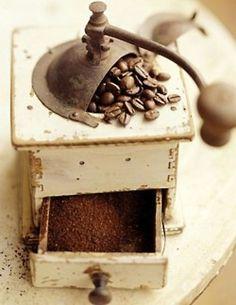 antique coffe bean grinder....<3