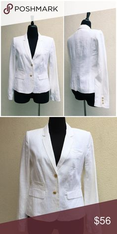 ⭐️LIKE NEW⭐️ BANANA REPUBLIC LINEN BLAZER Blazer has only been worn once and in like new perfect condition. The outer is 100% linen in the lining is 100% polyester. Banana Republic Jackets & Coats Blazers