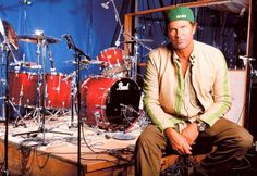 Free drumless playalong music track for drummers: Red Hot Chili Peppers – Californication Pearl Drum Kit, Pearl Drums, Idol, John Bonham, Drummer Boy, Drum Kits, Him Band, Drummers, Hard Rock