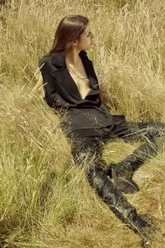 Hayett McCarthy Pose on Ann Demeulemeester Fall Winter 2015 Campaigns Photoshoot