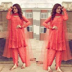 Sunbul Iqbal Look Pretty in this coral outfit, perfect for Eid this Summer. Pakistani Dresses Casual, Pakistani Dress Design, Indian Dresses, Indian Outfits, Pakistani Frocks, Pakistani Actress, Pakistani Bridal, Stylish Dresses For Girls, Frocks For Girls