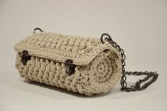 Crochet Barrel Bag With Metal Details, Convertible Chain Crossbody Shoulder Bag, Natural Color Handmade Purse, Gift For her, Gift For Mum Handmade Purses, Handmade Gifts, Knit Or Crochet, Crochet Bags, Barrel Bag, Gifts For Mum, Wooden Handles, Crossbody Shoulder Bag, Cosmetic Bag