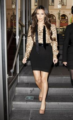 pencil skirt outfit ideas | PRINTED BLOUSE AND PENCIL SKIRT: Kim Kardashian wears the chic ...